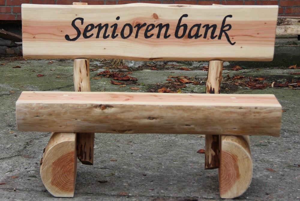 holzbank bank sitzbank rundholzbank tisch gartenm bel mit gravur 1 6m schilder b nke. Black Bedroom Furniture Sets. Home Design Ideas